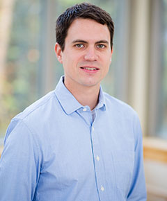 Portrait Dr. Zach Hansen