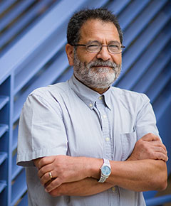 Portrait Dr. Reza Hajimorad